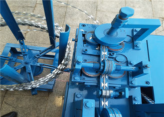 Eleven Strips Wire Fence Machine Razor Blade Machine For Prison Guard